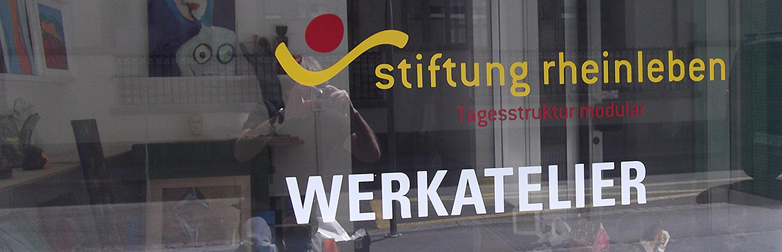 Schaufensterbeschriftung Stiftung Rheinleben