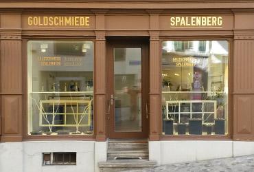 Beschriftungen Basel und Baselland